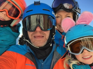 The whole family on a bluebird day. Bunny Molly, Mad Max, Powder Anna and Dan Vader.