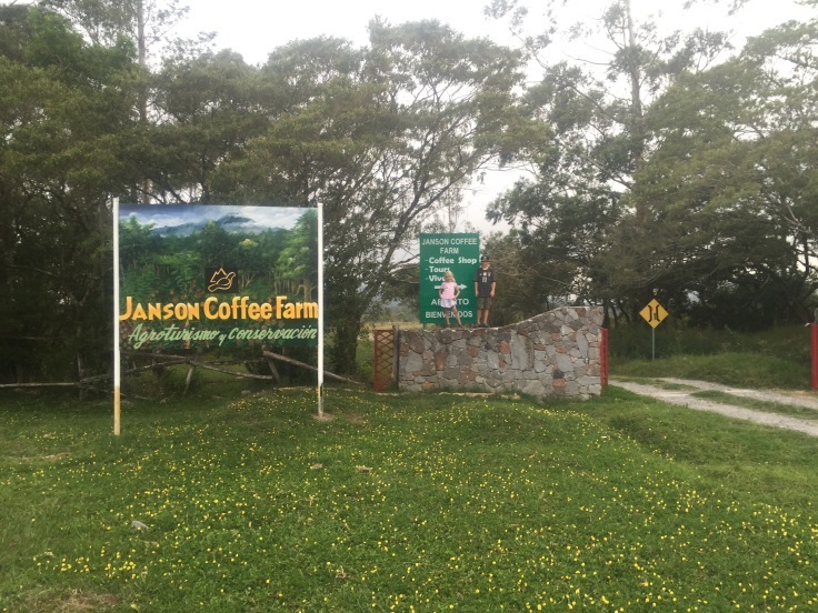 Entrance to Janson finca